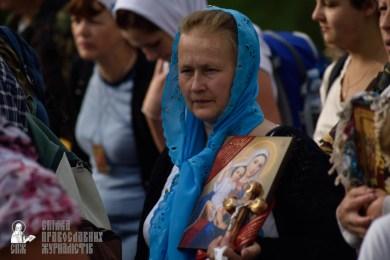 easter_procession_ukraine_pochaev_0307