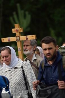 easter_procession_ukraine_pochaev_0314