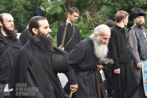 easter_procession_ukraine_pochaev_0371