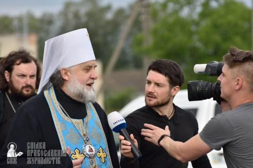 easter_procession_ukraine_pochaev_0376