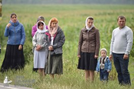 easter_procession_ukraine_pochaev_0402
