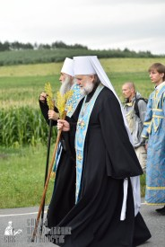 easter_procession_ukraine_pochaev_0407