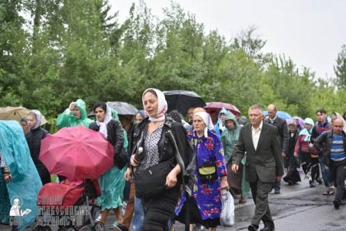 easter_procession_ukraine_pochaev_0422