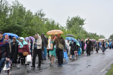 easter_procession_ukraine_pochaev_0424
