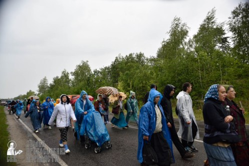 easter_procession_ukraine_pochaev_0433