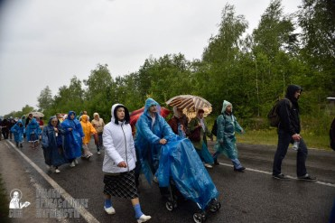 easter_procession_ukraine_pochaev_0434