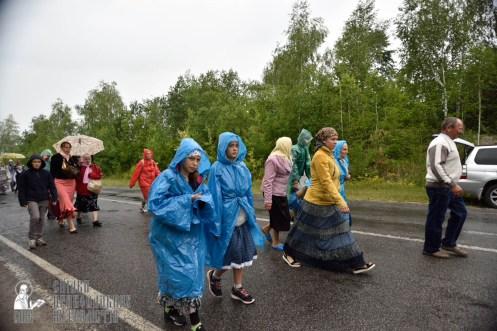 easter_procession_ukraine_pochaev_0436