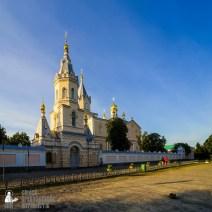 easter_procession_ukraine_pochaev_sr_0001
