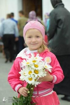 easter_procession_ukraine_pochaev_sr_0033