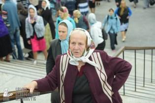 easter_procession_ukraine_pochaev_sr_0040