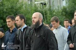 easter_procession_ukraine_pochaev_sr_0128