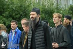 easter_procession_ukraine_pochaev_sr_0130