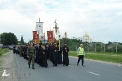 easter_procession_ukraine_pochaev_sr_0133