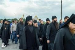 easter_procession_ukraine_pochaev_sr_0144