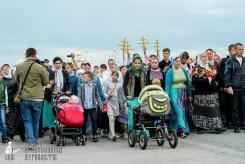 easter_procession_ukraine_pochaev_sr_0180