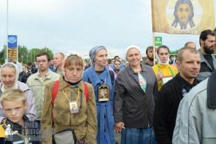 easter_procession_ukraine_pochaev_sr_0191