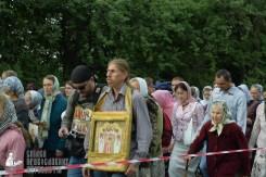 easter_procession_ukraine_pochaev_sr_0220