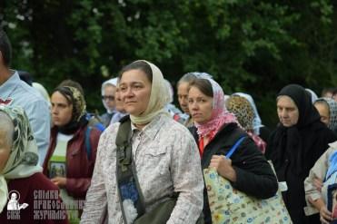 easter_procession_ukraine_pochaev_sr_0222