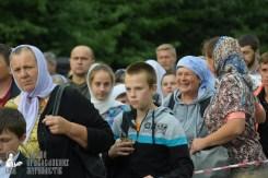 easter_procession_ukraine_pochaev_sr_0226