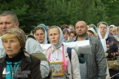easter_procession_ukraine_pochaev_sr_0230