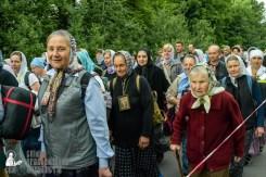 easter_procession_ukraine_pochaev_sr_0241
