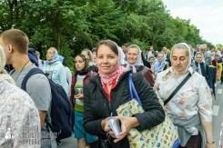 easter_procession_ukraine_pochaev_sr_0242