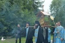 easter_procession_ukraine_pochaev_sr_0254
