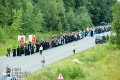 easter_procession_ukraine_pochaev_sr_0256