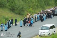 easter_procession_ukraine_pochaev_sr_0269