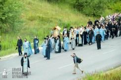 easter_procession_ukraine_pochaev_sr_0271