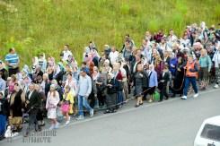 easter_procession_ukraine_pochaev_sr_0303