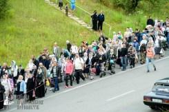 easter_procession_ukraine_pochaev_sr_0318