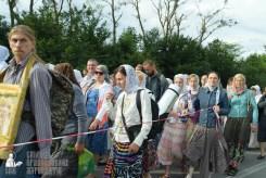 easter_procession_ukraine_pochaev_sr_0362