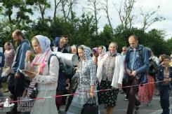 easter_procession_ukraine_pochaev_sr_0364
