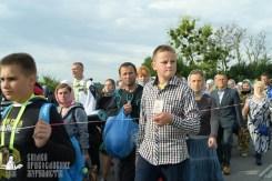 easter_procession_ukraine_pochaev_sr_0375