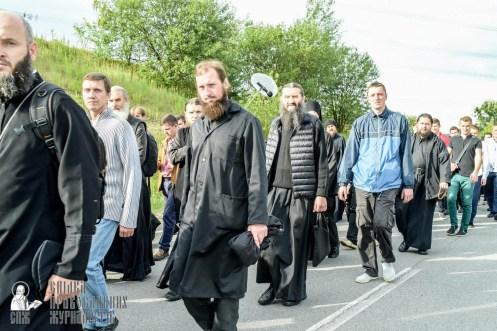 easter_procession_ukraine_pochaev_sr_0420