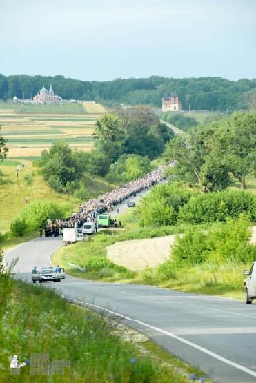 easter_procession_ukraine_pochaev_sr_0432