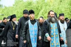 easter_procession_ukraine_pochaev_sr_0455