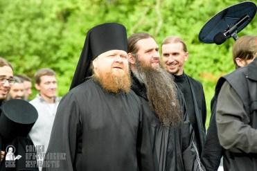 easter_procession_ukraine_pochaev_sr_0459