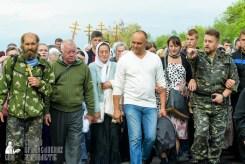 easter_procession_ukraine_pochaev_sr_0477