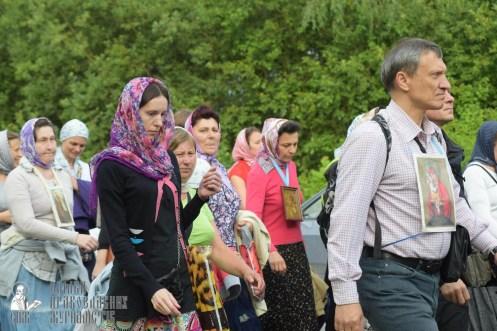 easter_procession_ukraine_pochaev_sr_0502