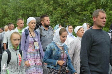 easter_procession_ukraine_pochaev_sr_0504
