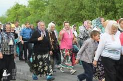 easter_procession_ukraine_pochaev_sr_0507