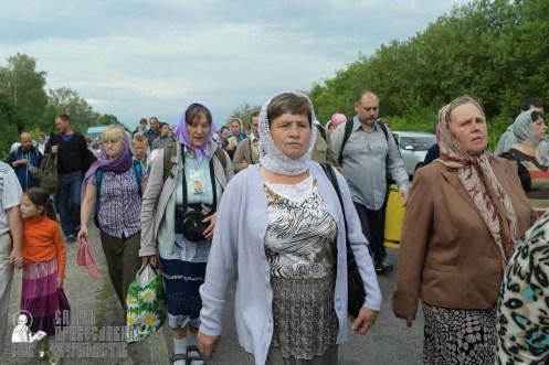 easter_procession_ukraine_pochaev_sr_0535