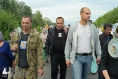 easter_procession_ukraine_pochaev_sr_0543