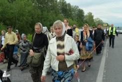 easter_procession_ukraine_pochaev_sr_0564