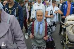 easter_procession_ukraine_pochaev_sr_0566