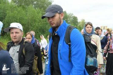 easter_procession_ukraine_pochaev_sr_0571