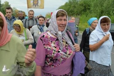 easter_procession_ukraine_pochaev_sr_0581