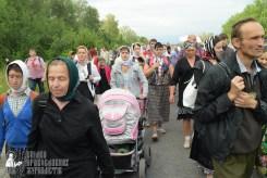 easter_procession_ukraine_pochaev_sr_0599